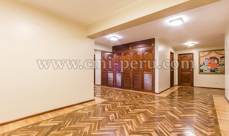 Alquiler departamento Malecon Miraflores 6 dormitorios